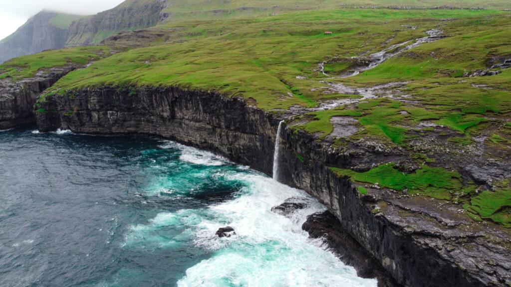 Vandfald Eysturoy Færøerne